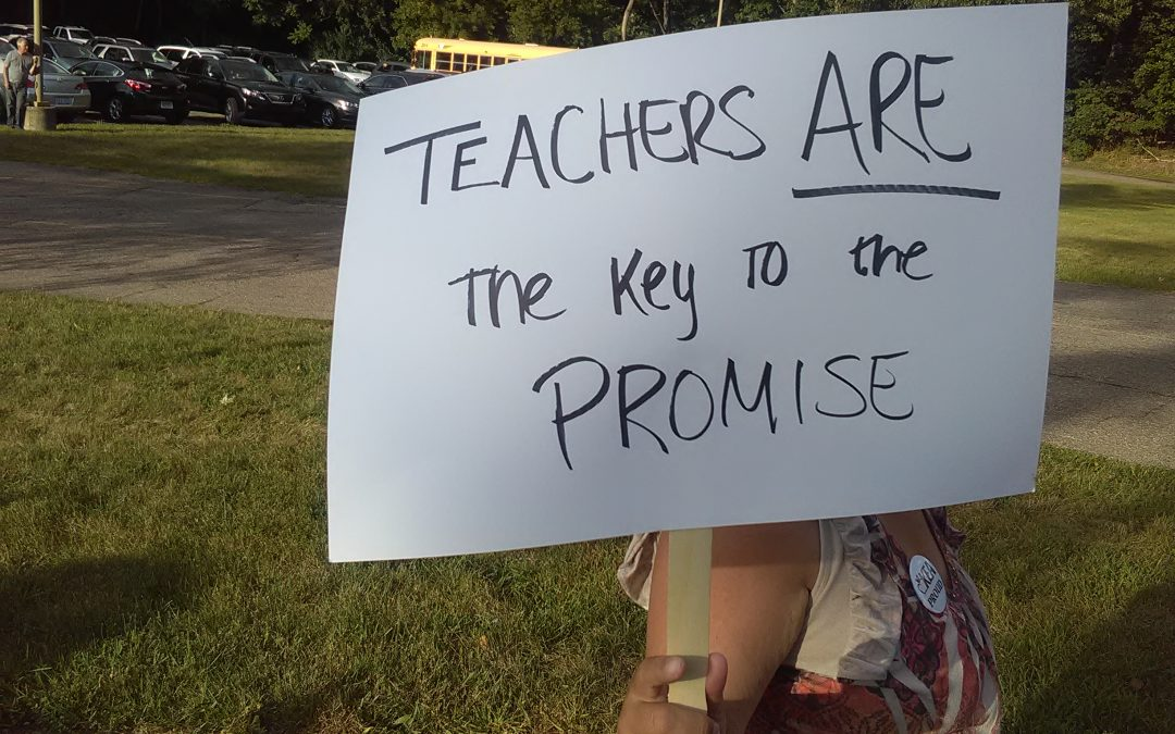 KPS Teachers Protest Outside Administration Building